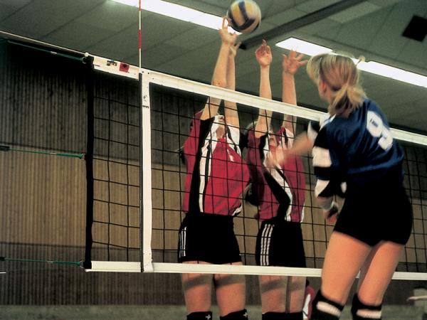 Volleyball-Turniernetze