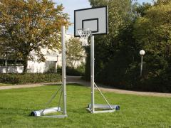 Mobiler Volleyball- / Basketball-Mehrzweckpfosten